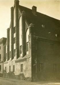 Historische Ansicht des sogenannten Ordonanzhauses vor 1912