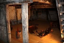 Gotischer Raum im Bürgerhaus-Altstadt Originalbefunde aus dem 15. Jhd.